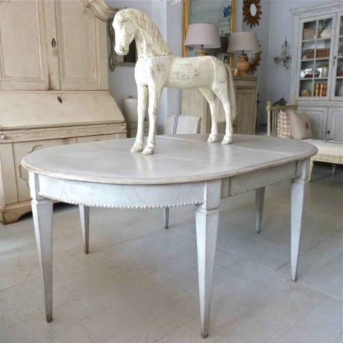 ANTIQUE SWEDISH GUSTAVIAN STYLE DINING TABLE