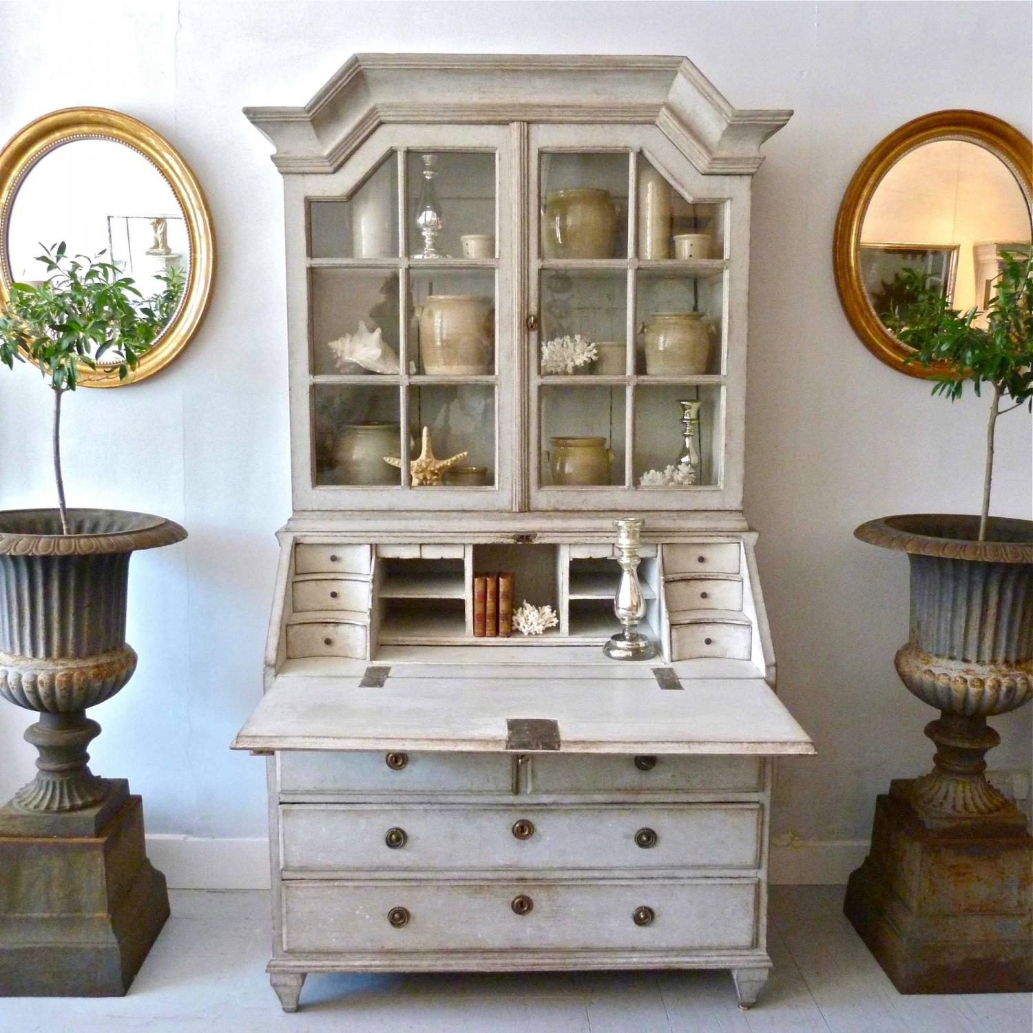 PERIOD GUSTAVIAN SECRETAIRE WITH VITRINE CABINET