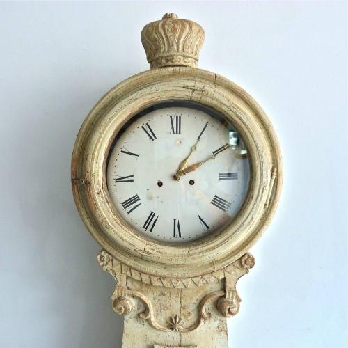 18TH CENTURY  MORA CLOCK IN RARE ORIGINAL PAINT