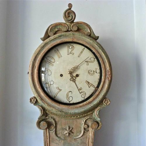 CIRCA 1800 SWEDISH MORA CLOCK IN ORIGINAL PAINT