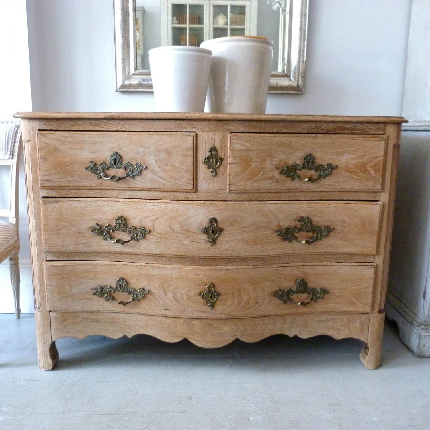FRENCH LOUIS XV SERPENTINE OAK  CHEST