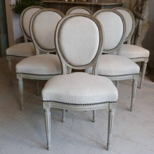 SET OF SIX 19TH CENTURY FRENCH LOUIS XVI DINING CHAIRS
