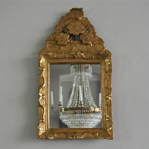 EXCEPTIONAL 18TH CENTURY FRENCH GILDED MIRROR