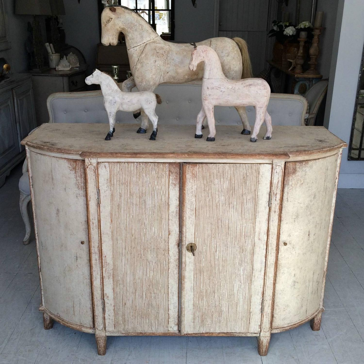 SWEDISH GUSTAVIAN SIDEBOARD WITH ROUNDED CORNERS