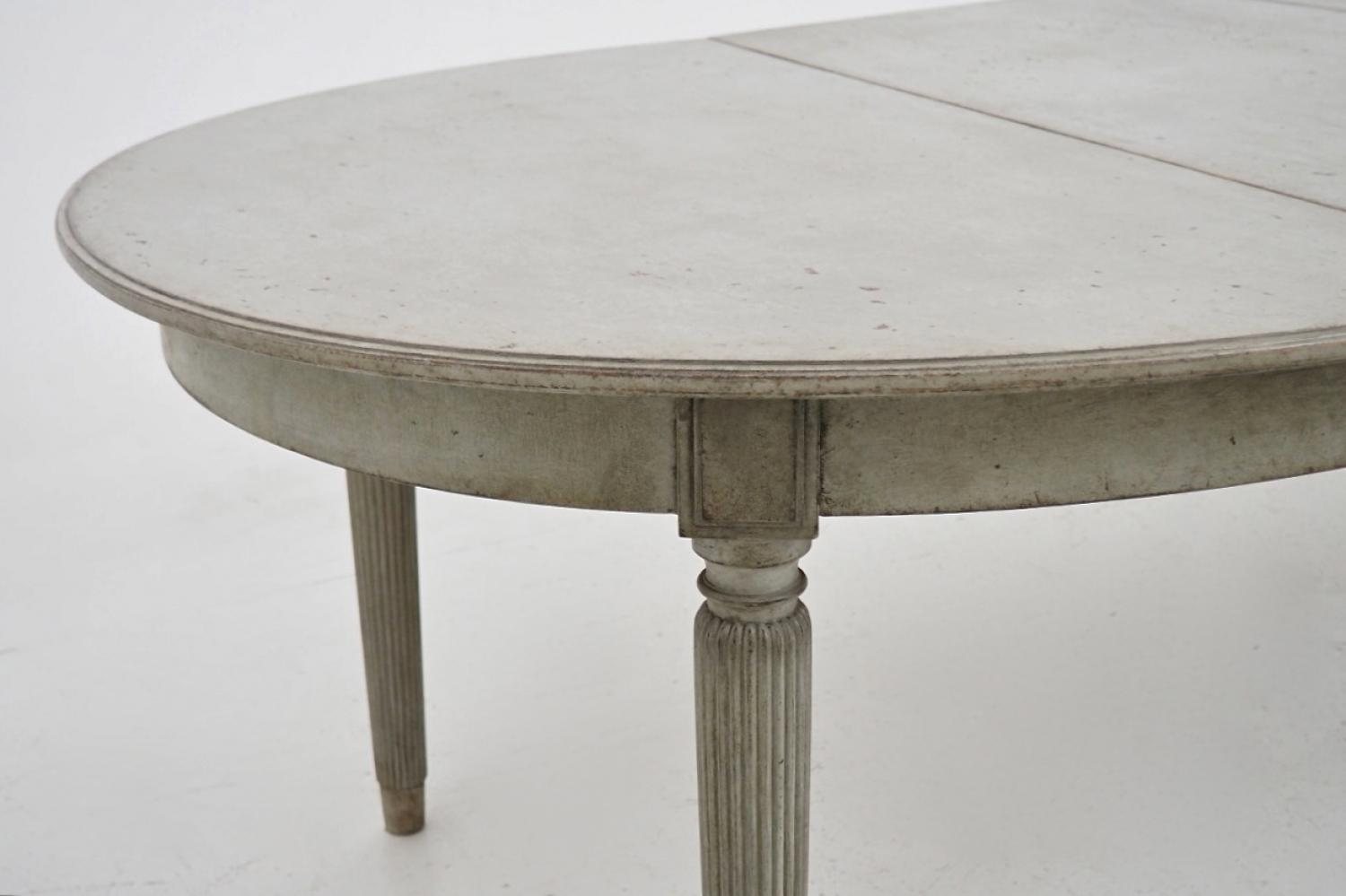 Swedish gustavian style extension dining table in furniture for Styling a dining table