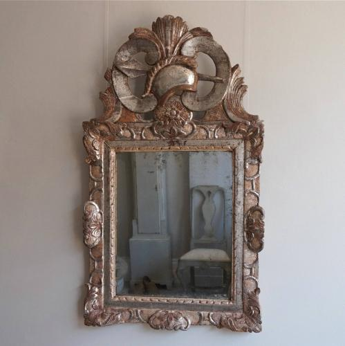 EXTRAORDINARY 18TH CENTURY LOUIS XV MIRROR
