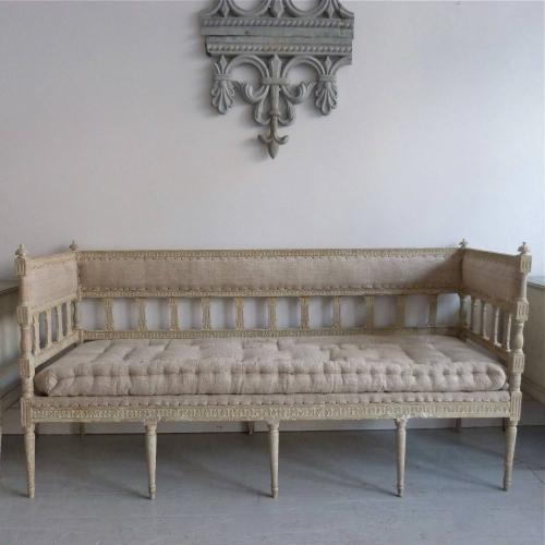 FINE LATE 18TH CENTURY GUSTAVIAN PERIOD SOFA