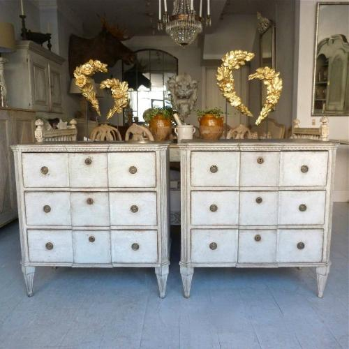 PAIR OF SWEDISH GUSTAVIAN STYLE BEDSIDE CHESTS