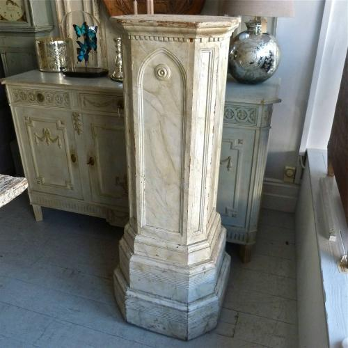 19TH CENTURY SWEDISH GUSTAVIAN PEDESTAL