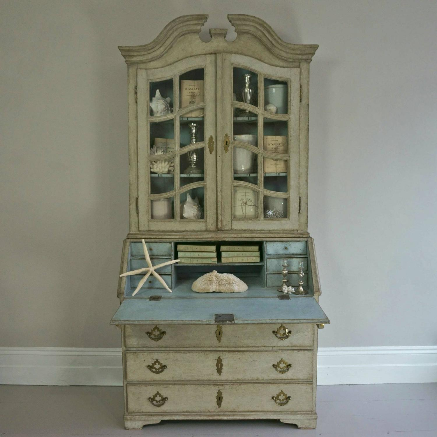 EXQUISITE SWEDISH ROCOCO SECRETAIRE WITH GLASS VITRINE