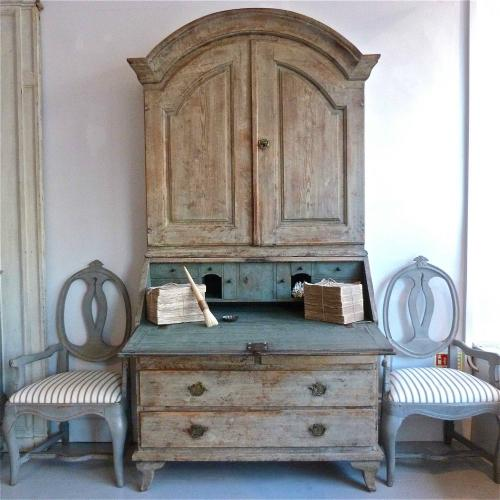 RARE SWEDISH ROCOCO PERIOD SECRETAIRE IN ORIGINAL PAINT
