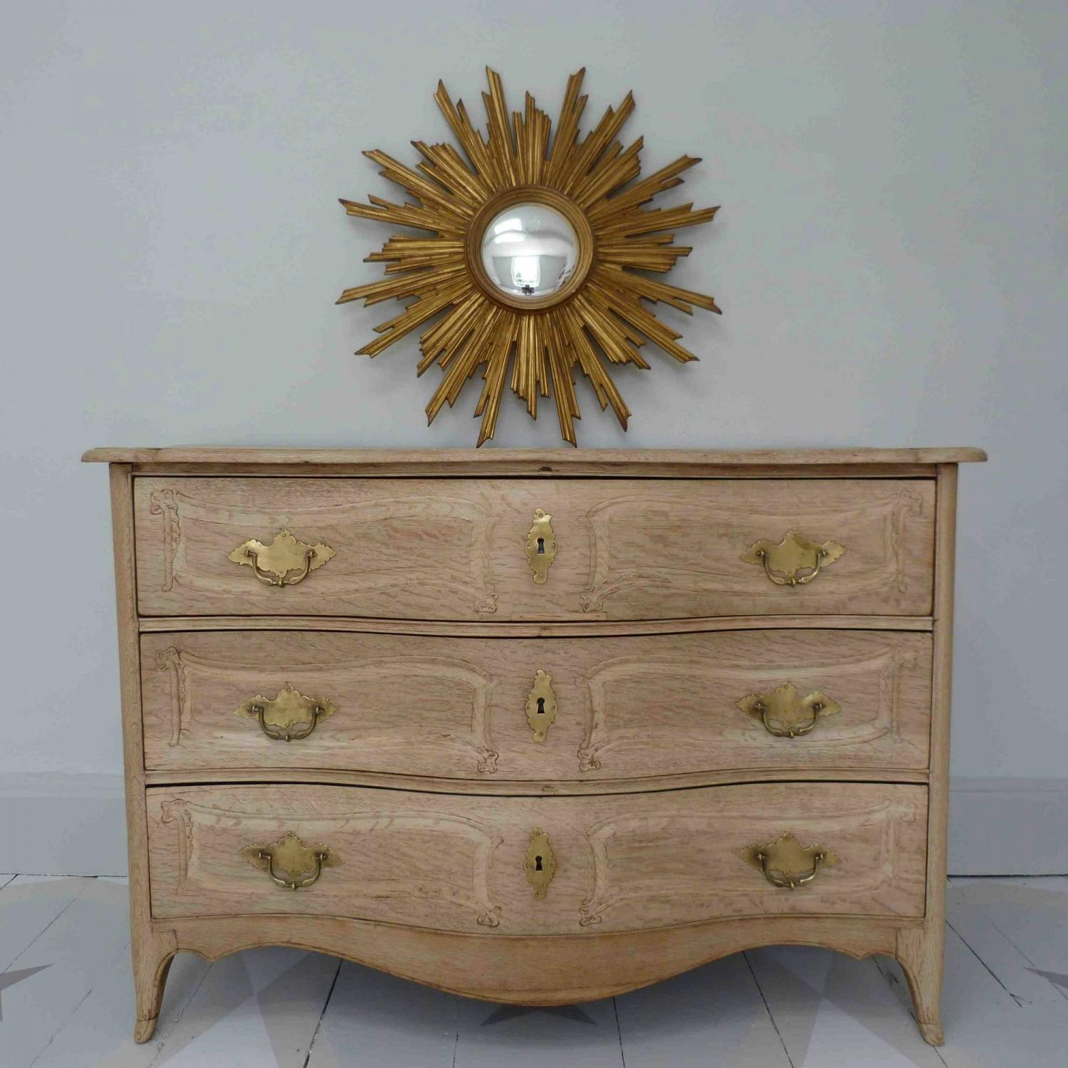 RICHLY CARVED BLEACHED OAK LOUIS XV SERPENTINE COMMODE