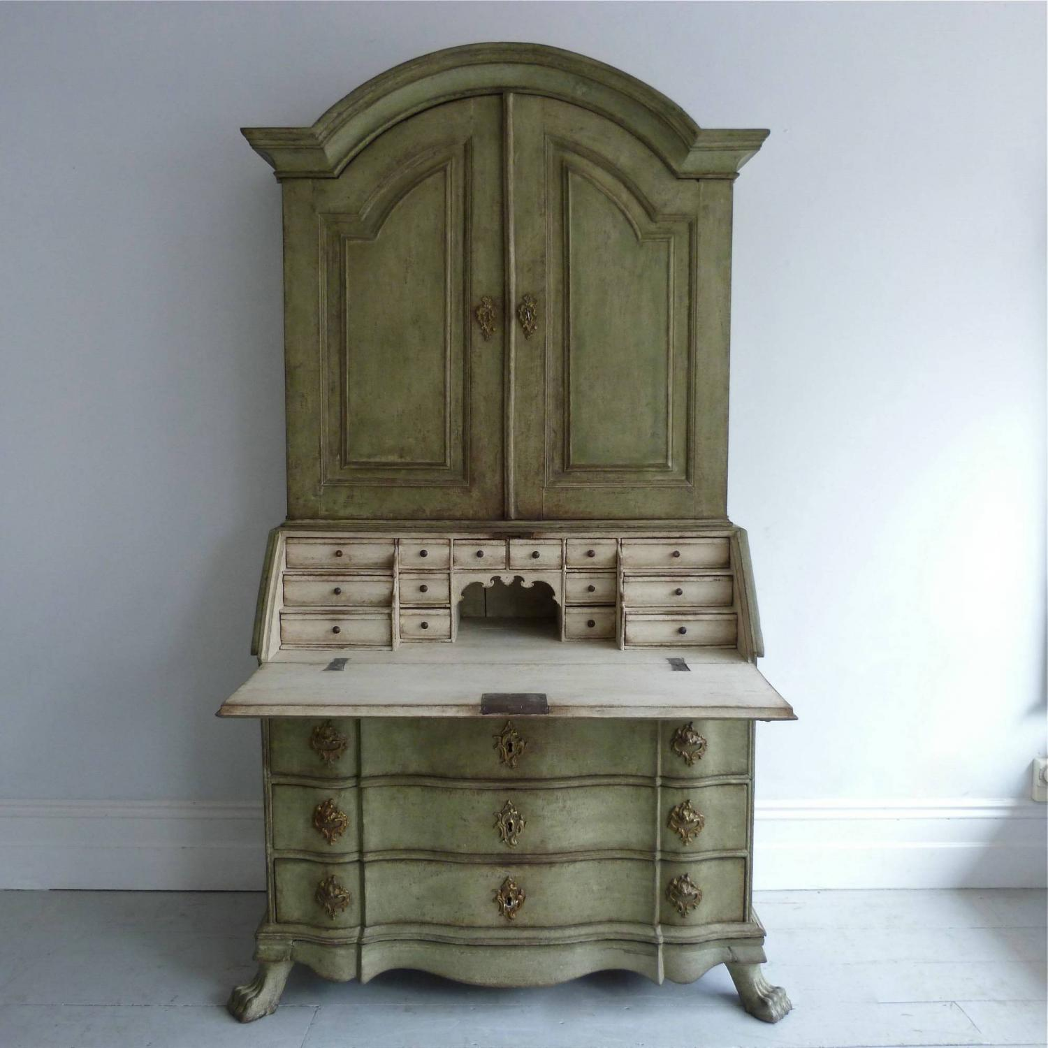 MAGNIFICENT & RICHLY CARVED BAROQUE SECRETAIRE