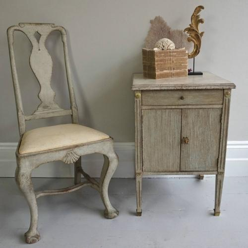 RICHLY CARVED SWEDISH GUSTAVIAN BEDSIDE CABINET