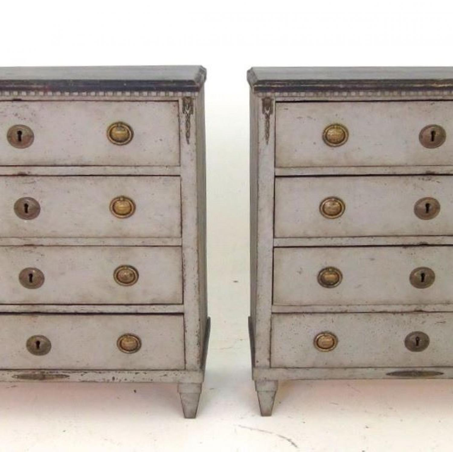 PAIR OF CIRCA 1810 SWEDISH GUSTAVIAN CHESTS