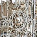 PAIR OF FRENCH 19TH CENTURY DECORATIVE IRON GRILL MIRRORS - picture 3