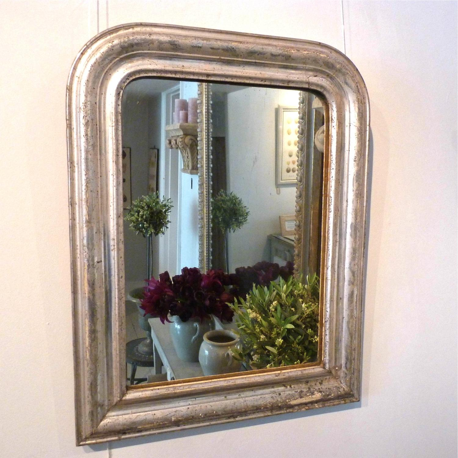 SMALL SILVER LOUIS PHILIPPE MIRROR