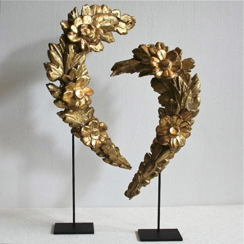 PAIR OF CARVED & GILDED ITALIAN BAROQUE GUIRLANDES