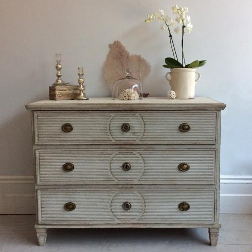 SWEDISH GUSTAVIAN PERIOD CHEST