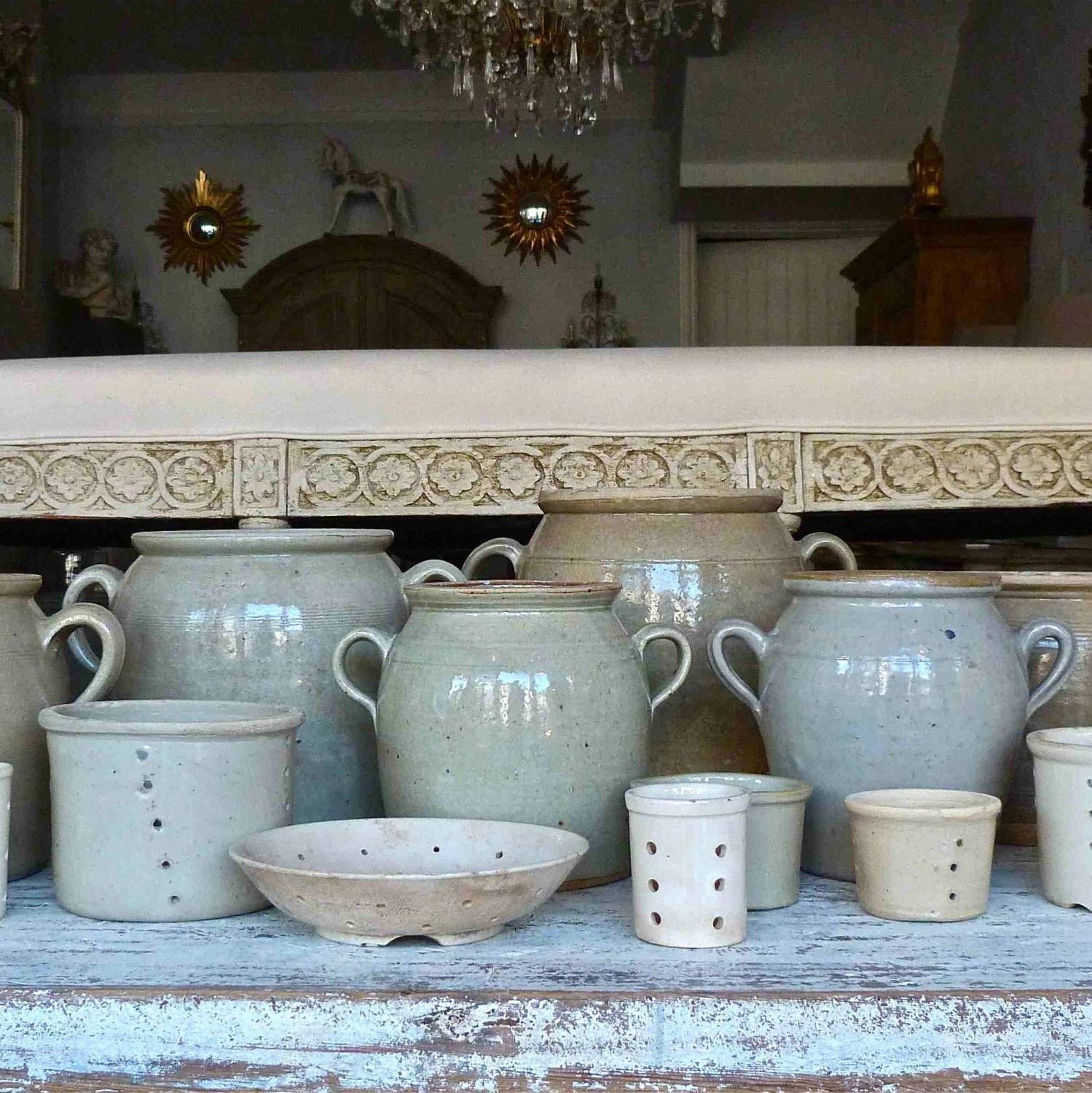 COLLECTION OF EARLY 19TH CENTURY BURGUNDY STONEWARE