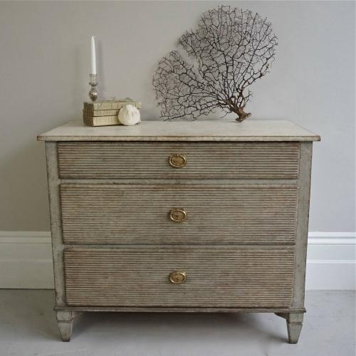 DECORATIVELY CARVED SWEDISH GUSTAVIAN STYLE CHEST