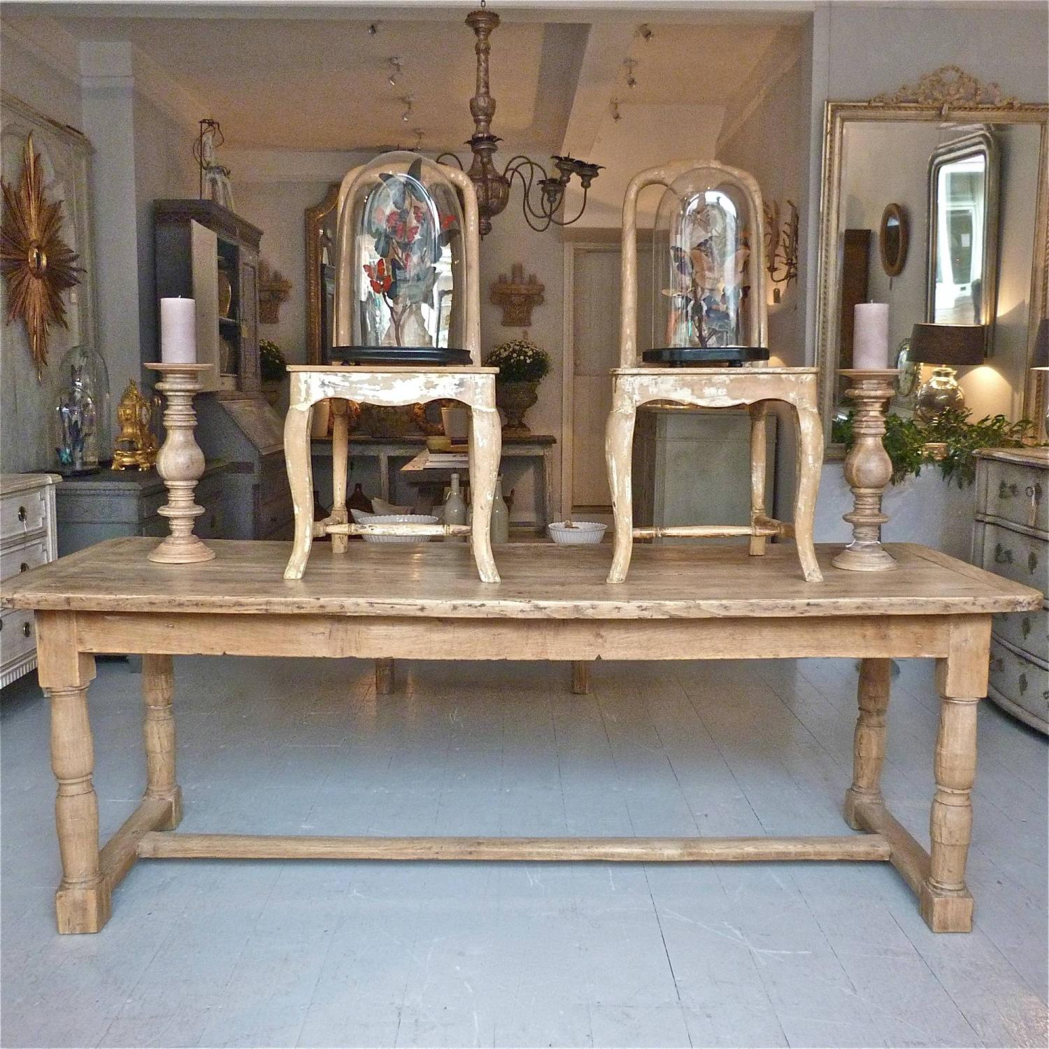 18TH CENTURY FRENCH OAK REFECTORY TABLE