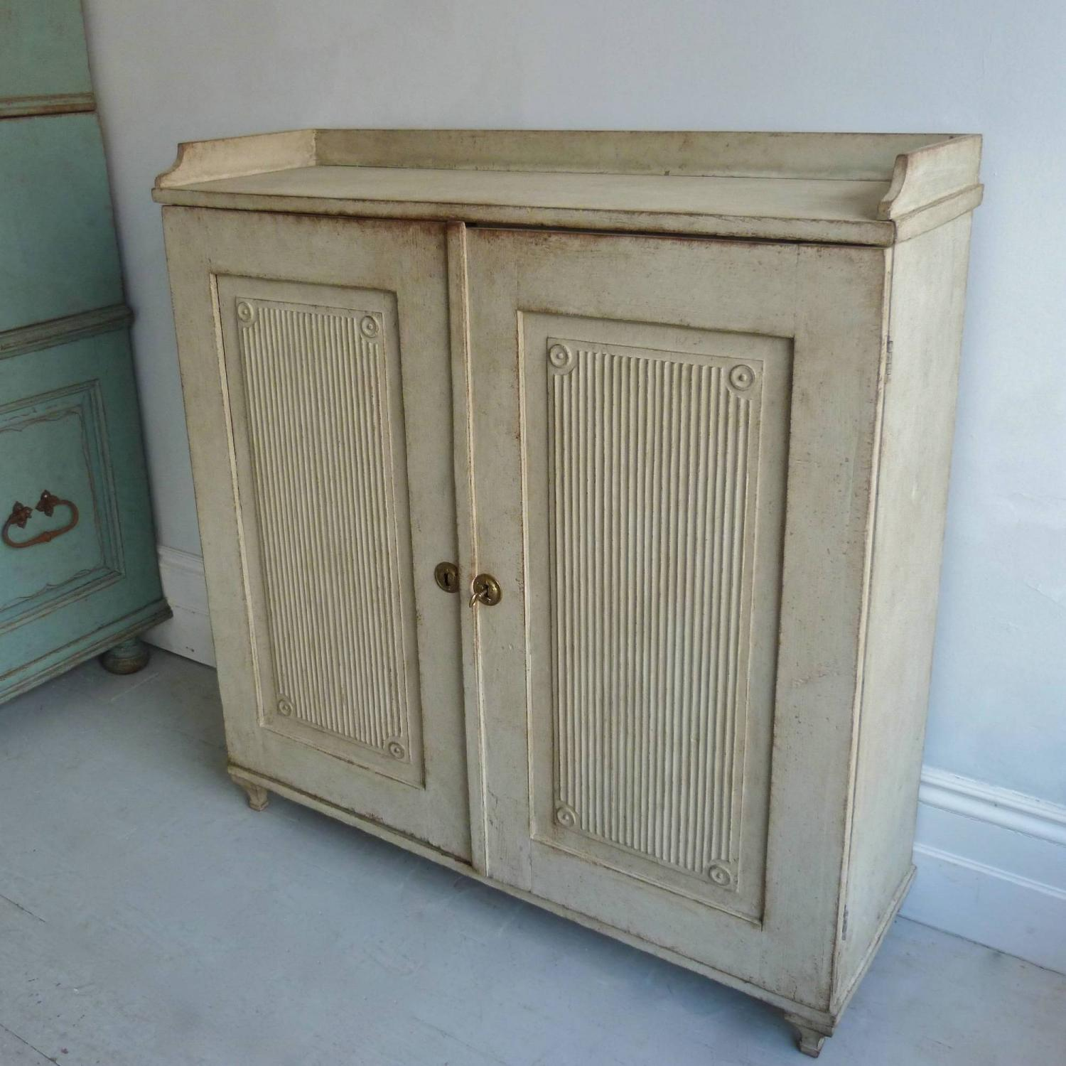 RICHLY CARVED 19TH CENTURY SWEDISH GUSTAVIAN SIDEBOARD