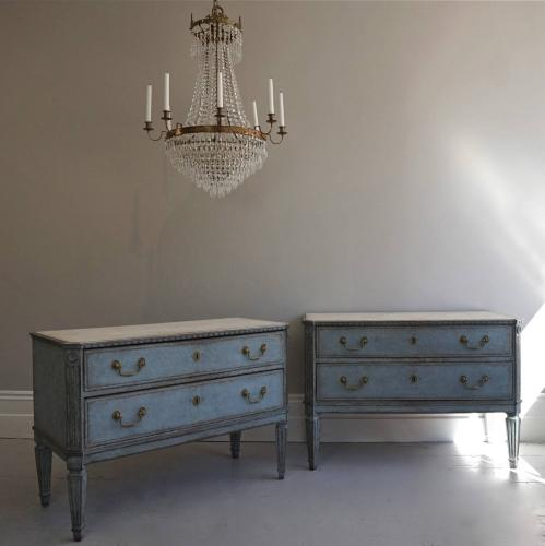 PAIR OF DECORATIVE SWEDISH GUSTAVIAN STYLE CHESTS