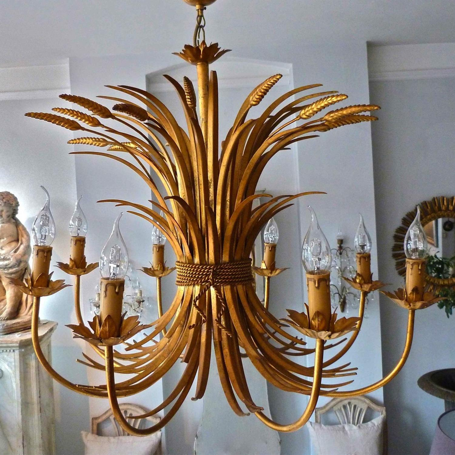 BEAUTIFUL MID-CENTURY ITALIAN WHEATSHEAF CHANDELIER