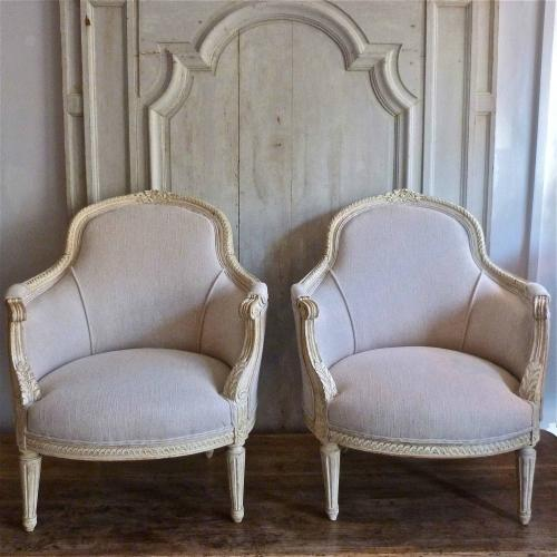 PAIR OF 19TH CENTURY FRENCH BERGERE