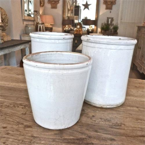 SET OF THREE 19TH CENTURY ITALIAN GLAZED POTS
