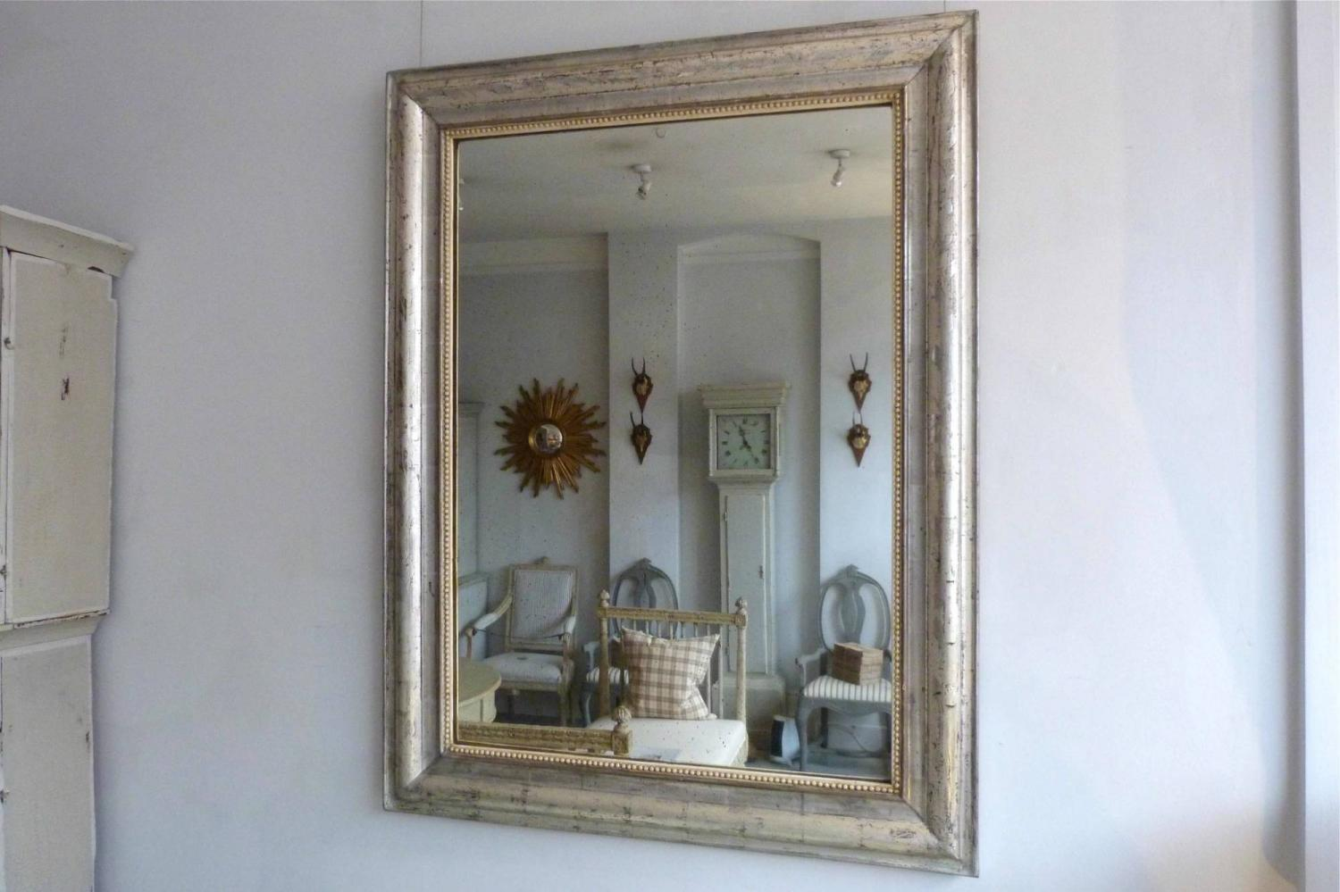 Silver beaded frame mirror