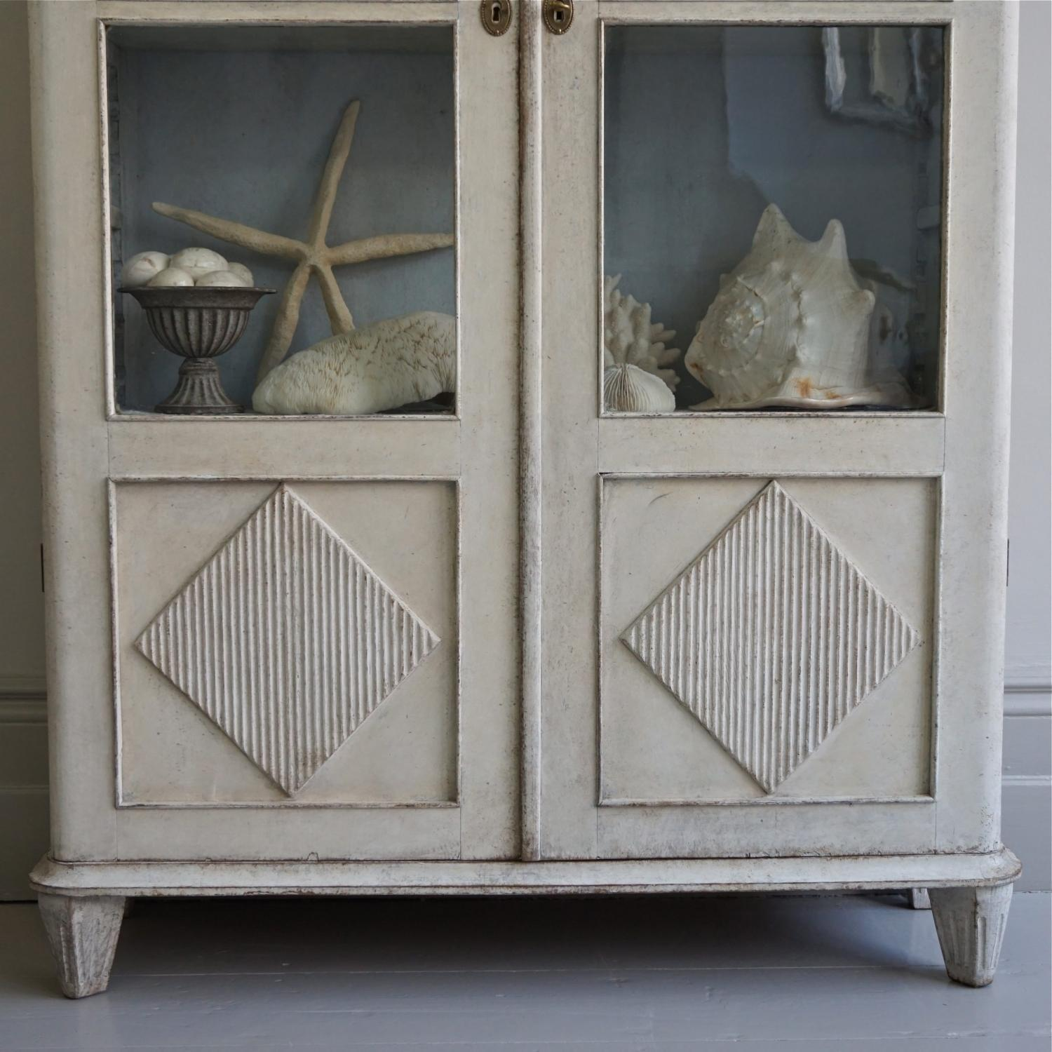 swedish gustavian style bookcase picture 4 - Gustavian Style Furniture