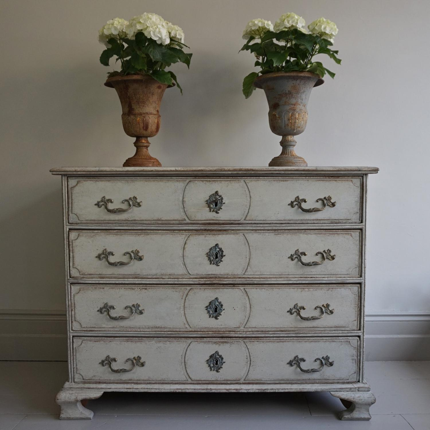 VERY FINE SWEDISH BAROQUE CHEST OF DRAWERS