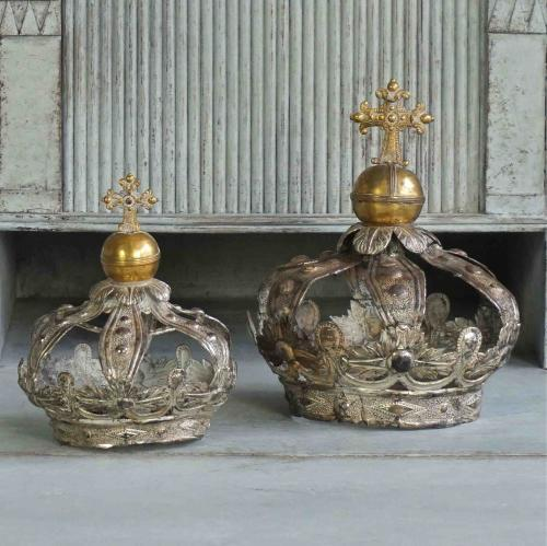 EXQUISITE PAIR OF MADONNA & CHILD CROWNS