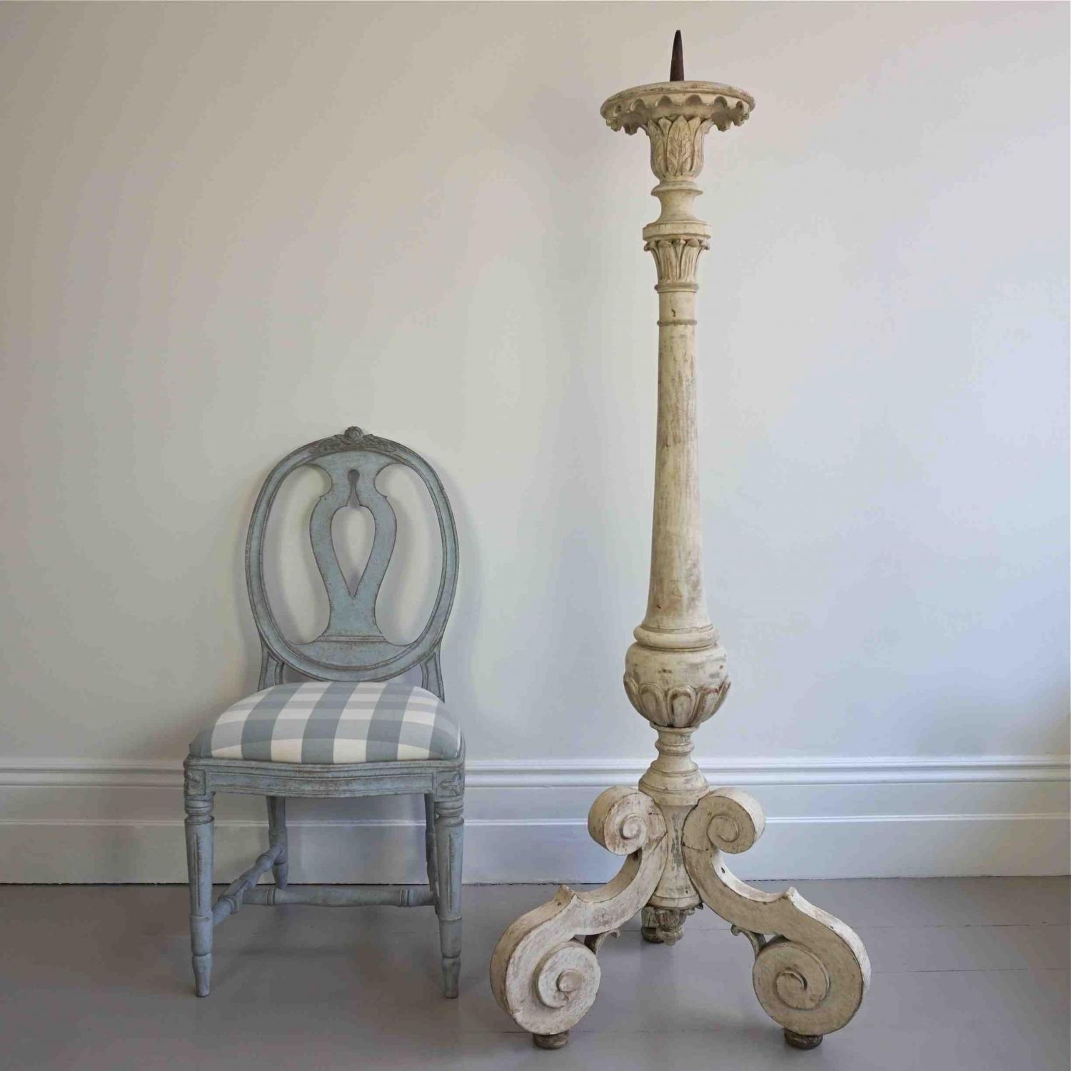 MAGNIFICENT 18TH CENTURY ALTAR CANDLESTICK