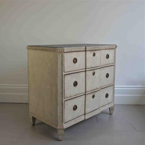 SWEDISH GUSTAVIAN STYLE BREAKFRONT CHEST