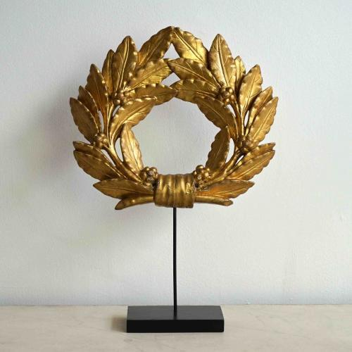 WONDERFUL FRENCH WREATH IN ORIGINAL GILDING