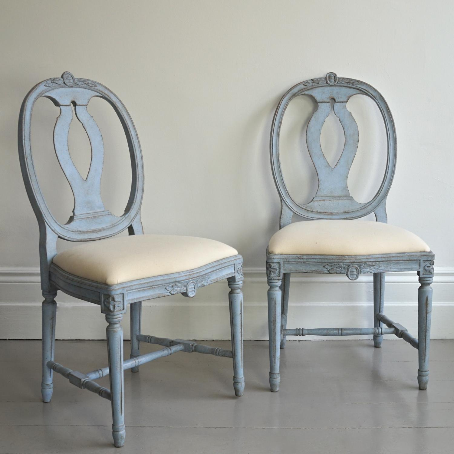PAIR OF BESPOKE HAND CARVED GUSTAVIAN STYLE C