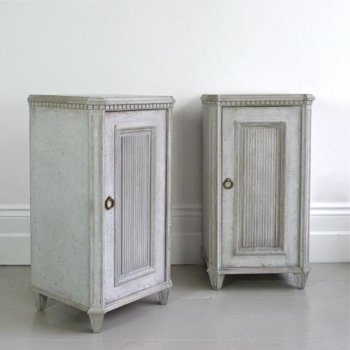 PAIR OF SWEDISH GUSTAVIAN STYLE BEDSIDES