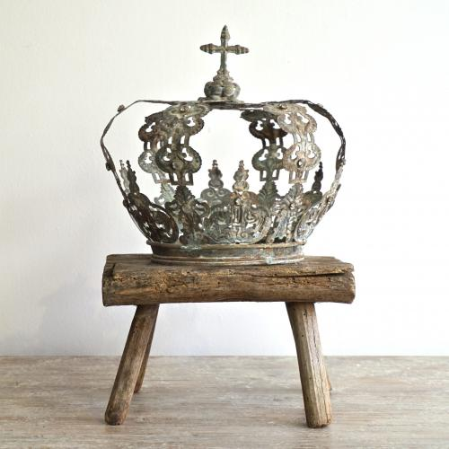 19TH CENTURY FRENCH RELIGIOUS ICON CROWN