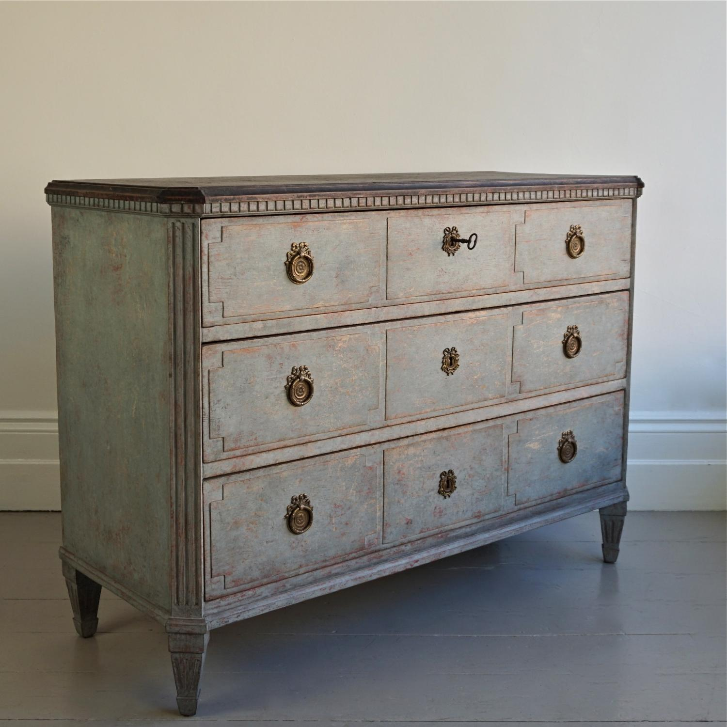 WONDERFUL SWEDISH GUSTAVIAN STYLE CHEST