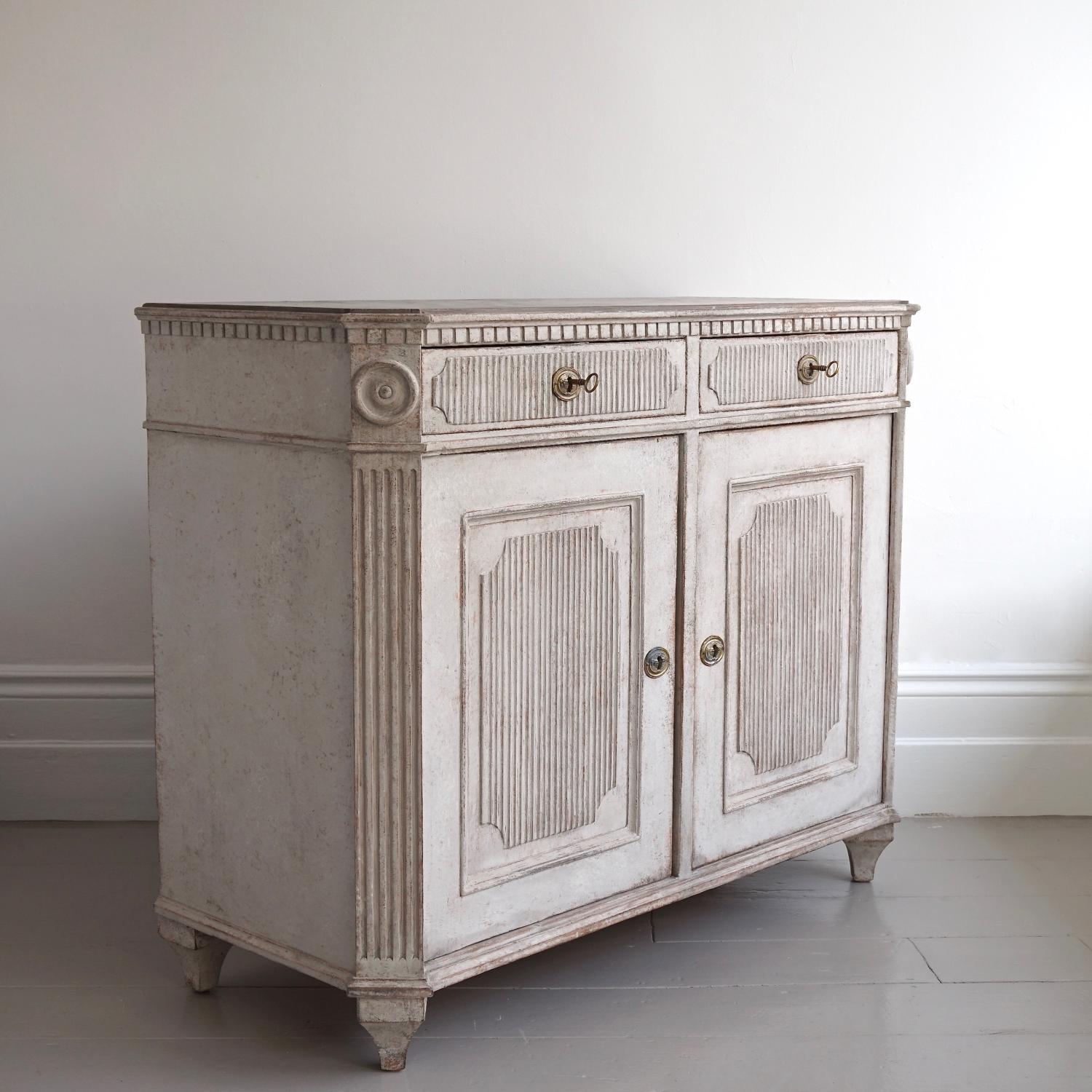 RICHLY CARVED GUSTAVIAN STYLE SIDEBOARD