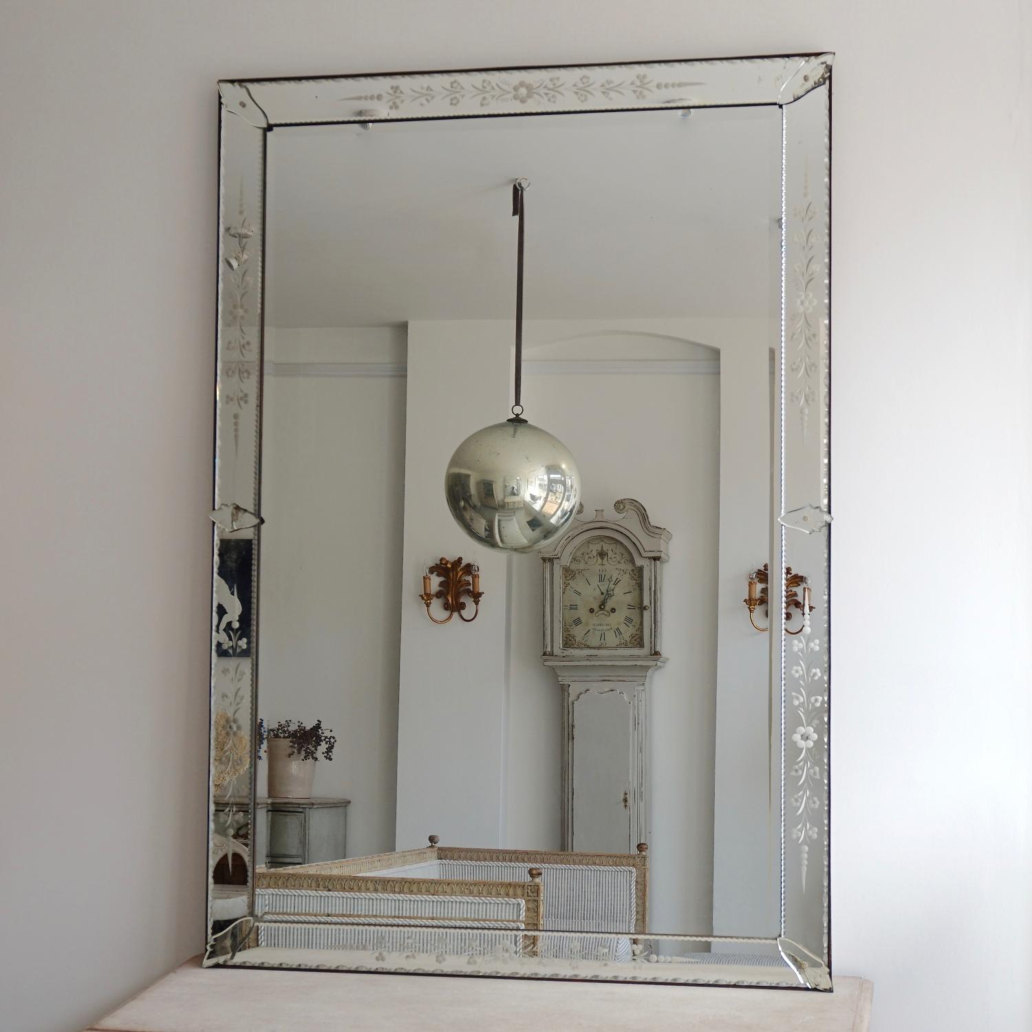 GRAND SCALE ANTIQUE VENETIAN MIRROR