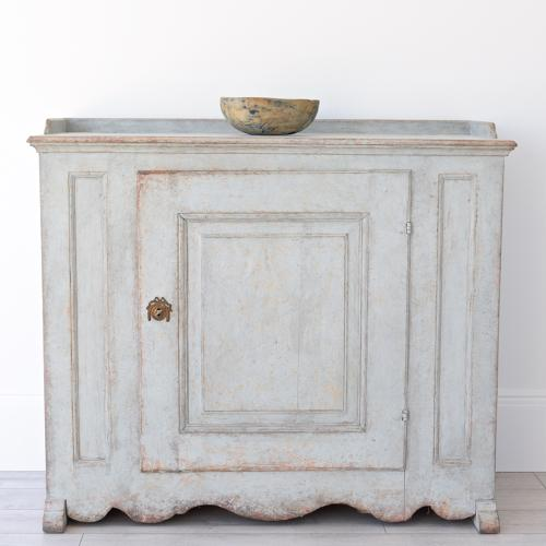 HANDSOME SWEDISH GUSTAVIAN PERIOD SIDEBOARD