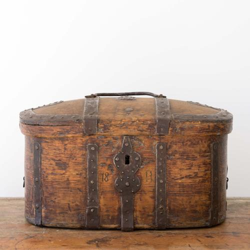 GORGEOUS SWEDISH GUSTAVIAN TRUNK DATED 1811
