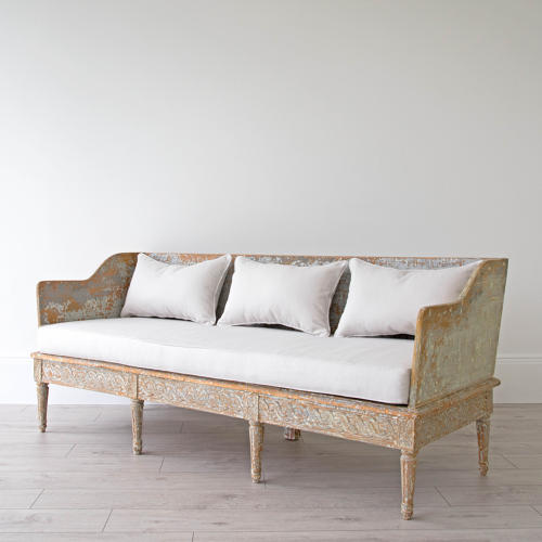 EXCEPTIONAL GUSTAVIAN TRAGSOFFA IN ORIGINAL COLOUR