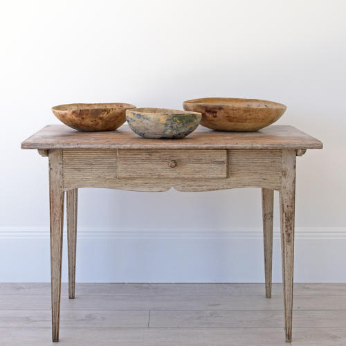 PRIMITIVE SWEDISH ROOT BOWLS