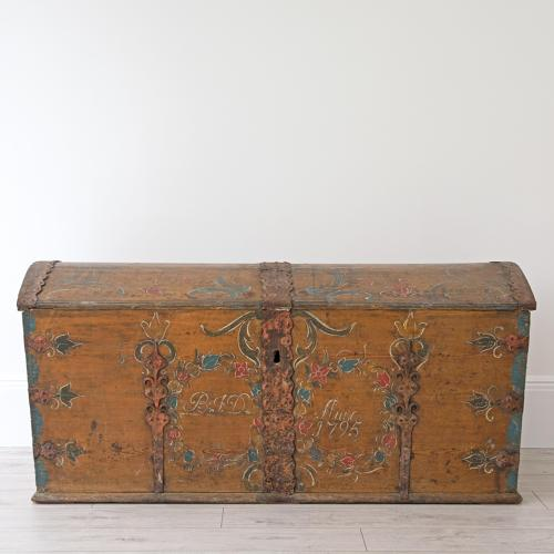 GUSTAVIAN MARRIAGE CHEST