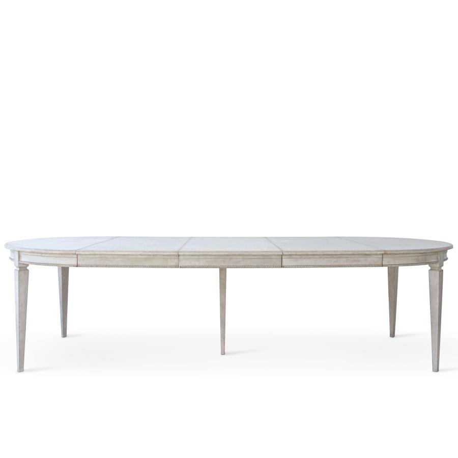 GRAND MÄRTA EXTENSION TABLE